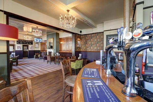 The Orchard Tavern bar